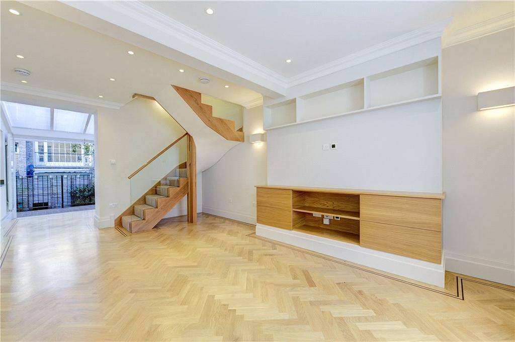 3 Bedrooms Mews House for sale in Eaton Mews West, Belgravia, London, SW1W
