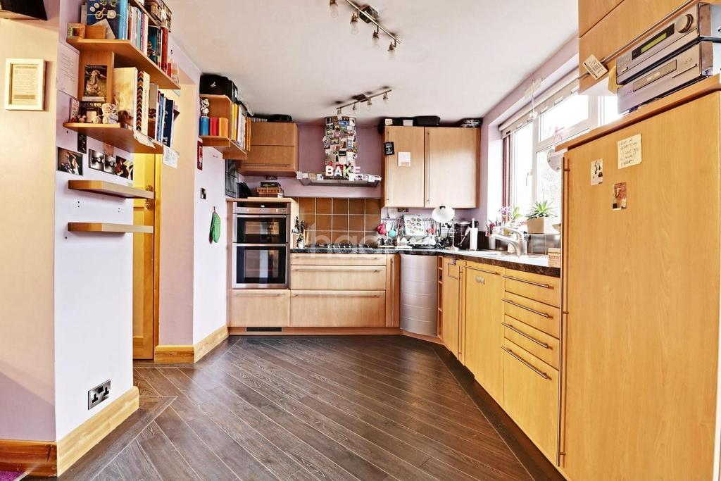 3 Bedrooms End Of Terrace House for sale in Brampton Grove, HA3
