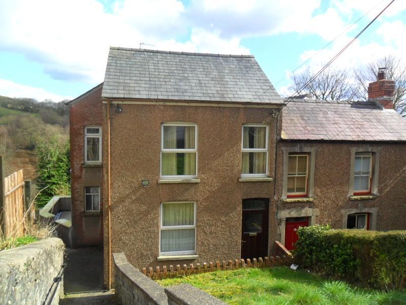 3 Bedrooms Semi Detached House for sale in Heol Rhyd, Craig Cefn Parc, Swansea.
