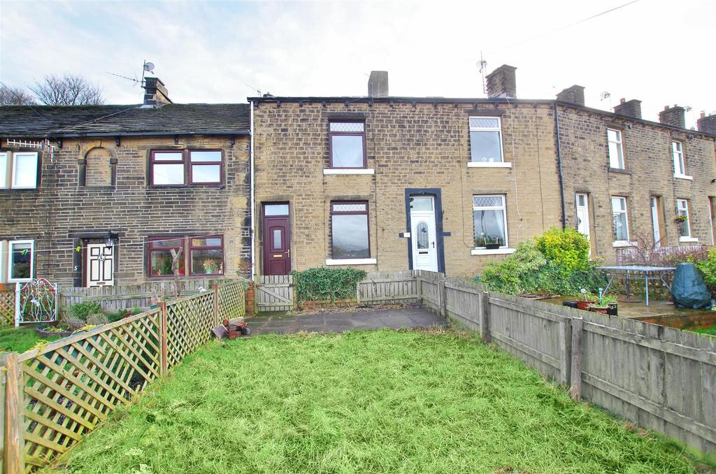 2 Bedrooms Terraced House for sale in Woodside View, Greetland, Halifax