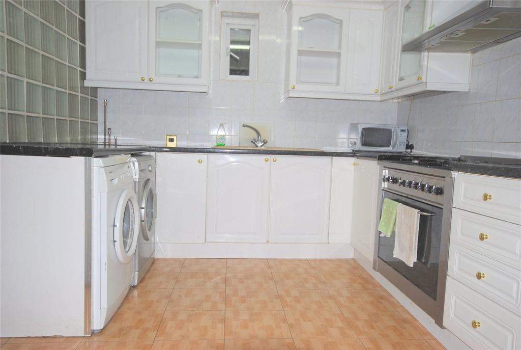 7 Bedrooms Terraced House for rent in Senrab Street, London