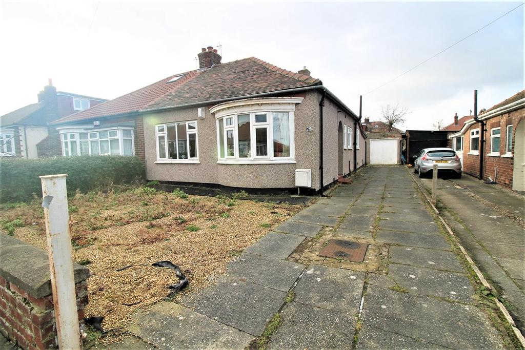 2 Bedrooms Semi Detached Bungalow for sale in The Grove, Middlesbrough