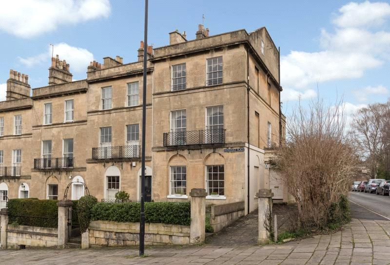 5 Bedrooms Terraced House for sale in Dunsford Place, Bath, BA2
