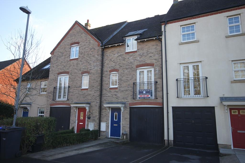 3 Bedrooms Town House for sale in WELLWORTHY DRIVE, HARNHAM, SALISBURY, WILTSHIRE, SP2 8HY