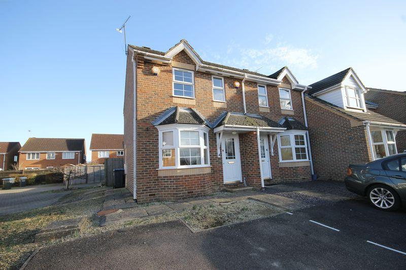 2 Bedrooms End Of Terrace House for sale in Primrose Close, Burgess Hill, West Sussex