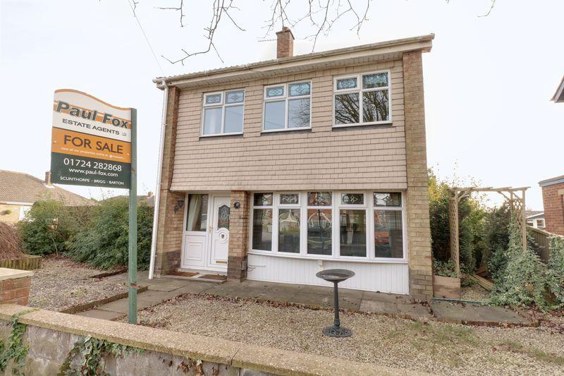 3 Bedrooms Detached House for sale in Ogilvy Drive, Scunthorpe