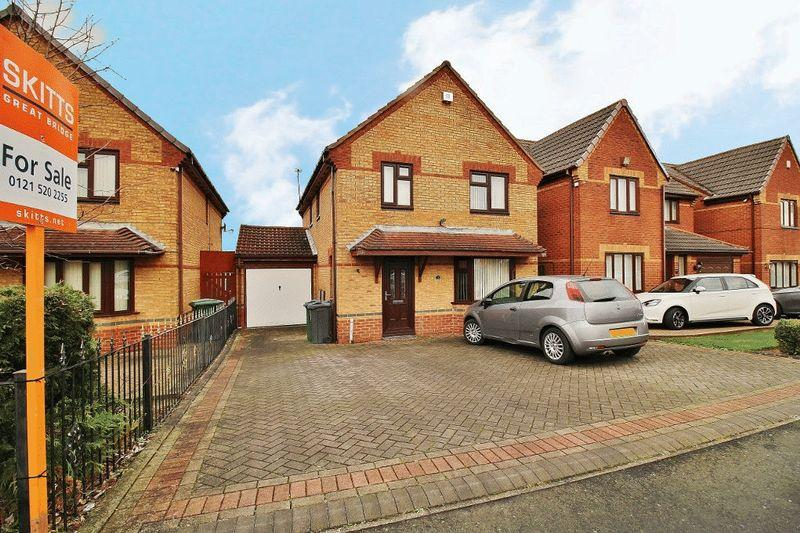 4 Bedrooms Detached House for sale in Daisy Meadow, Tipton