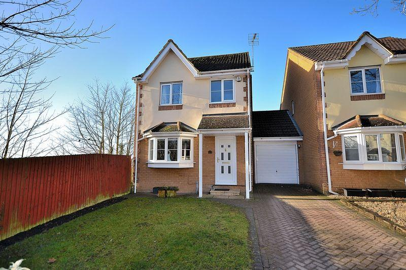 4 Bedrooms Detached House for sale in Oakridge Park, Leighton Buzzard