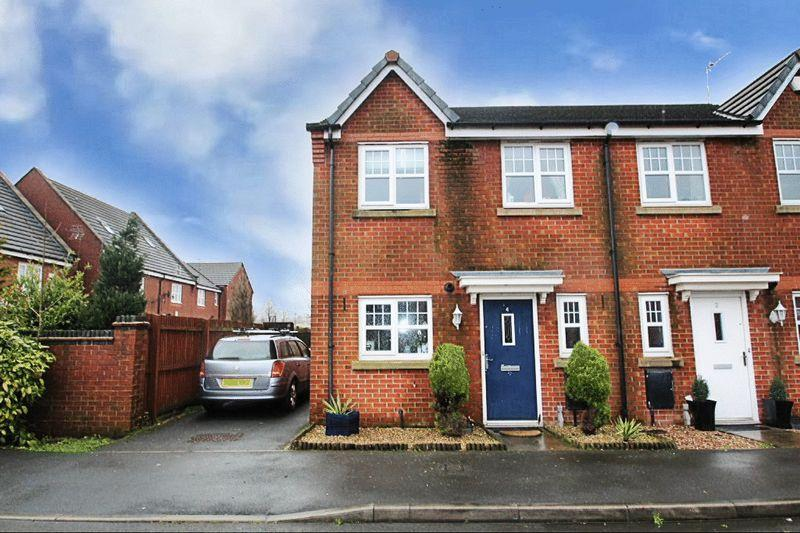 3 Bedrooms Semi Detached House for sale in Coppy Bridge Drive, Firgrove, Rochdale OL16 3AR
