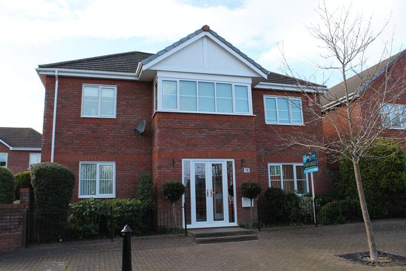 4 Bedrooms Detached House for sale in Fitzharding Road, Ham Green