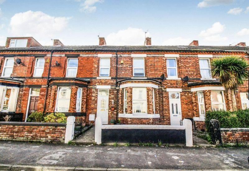 4 Bedrooms Terraced House for sale in New Ferry Road, New Ferry