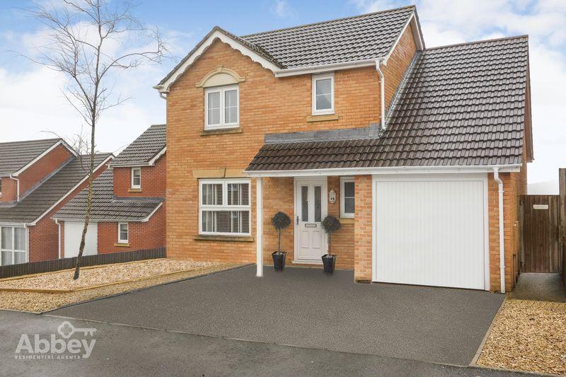 4 Bedrooms Detached House for sale in Crymlyn Parc, Skewen, Neath, SA10 6DG
