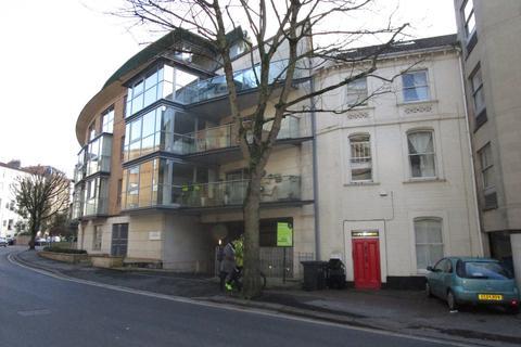 3 bedroom flat to rent - Clifton Village, Merchants Road, BS8 4EP