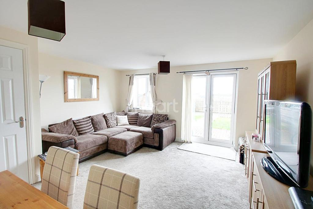 3 Bedrooms Semi Detached House for sale in Deansleigh, Lincoln