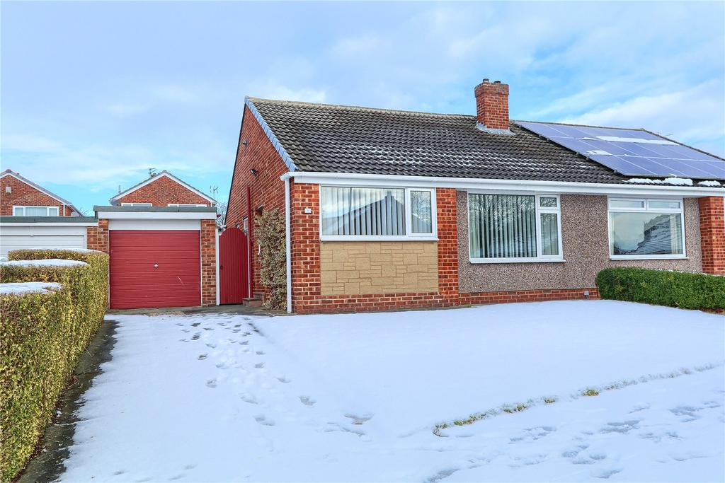 2 Bedrooms Semi Detached Bungalow for sale in Alloway Grove, Hemlington
