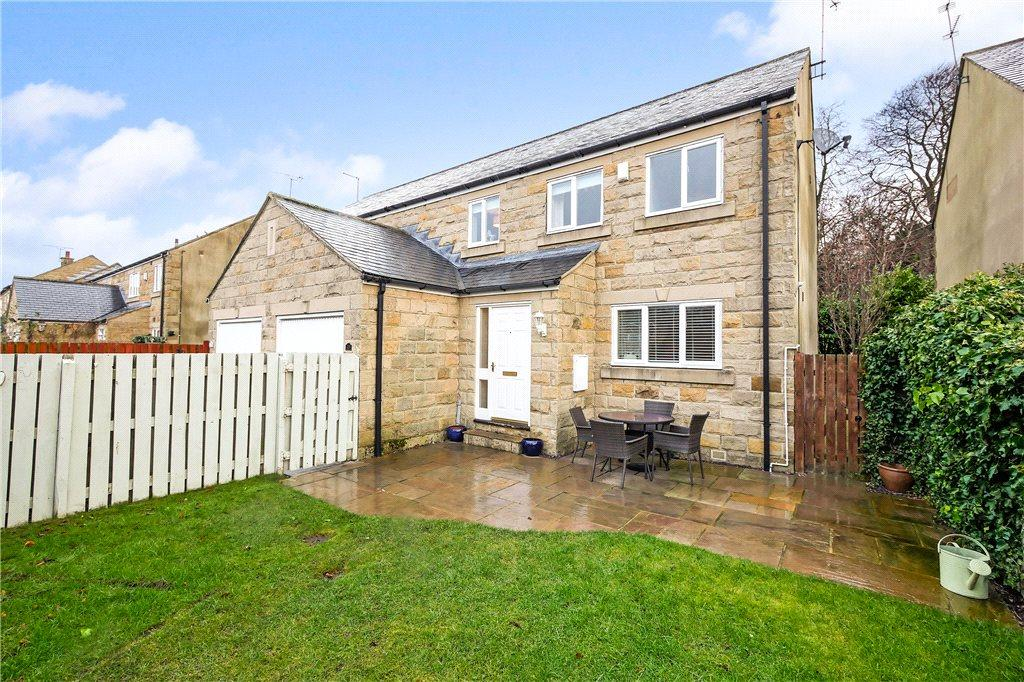 4 Bedrooms Semi Detached House for sale in Moat End, Thorner, Leeds, West Yorkshire