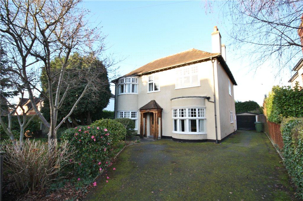 4 Bedrooms Detached House for sale in Southall Avenue, Worcester, Worcestershire, WR3