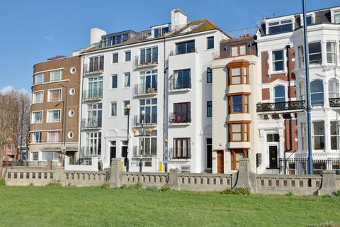 1 bedroom apartment for sale - Georgina Court, Clarence Parade