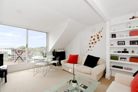 1 bedroom flat to rent - Belsize Crescent, Belsize Park, NW3