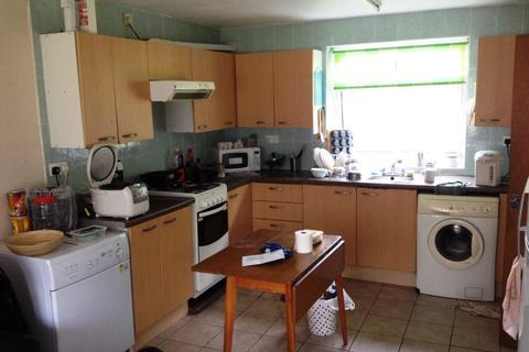 6 bedroom house to rent - 63 ROMAN WAY, B15 2SL