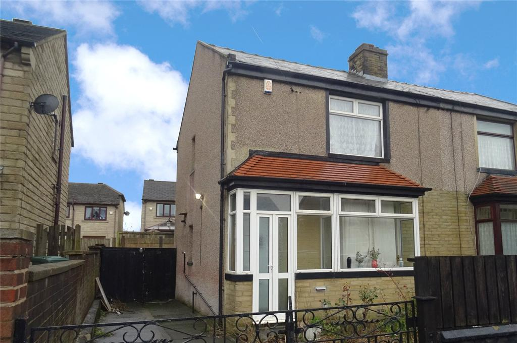 2 Bedrooms Semi Detached House for sale in Bryanstone Road, Bradford, West Yorkshire, BD4