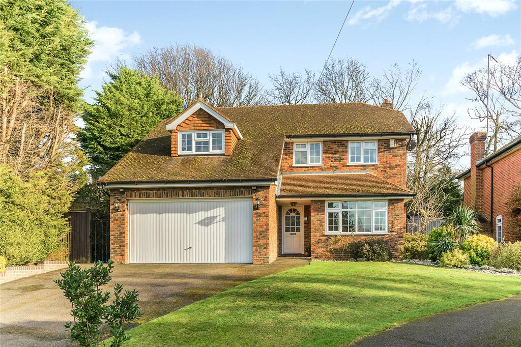 4 Bedrooms Detached House for sale in The Drey, Chalfont St Peter, Buckinghamshire