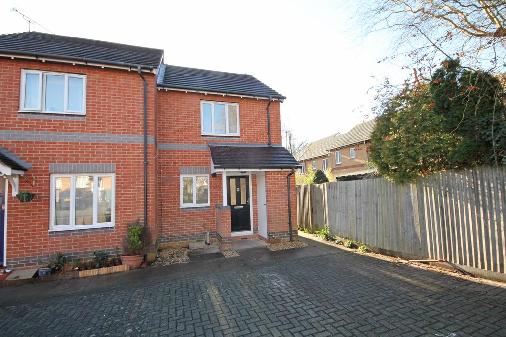 2 Bedrooms Semi Detached House for sale in Angelica Way, Whiteley PO15