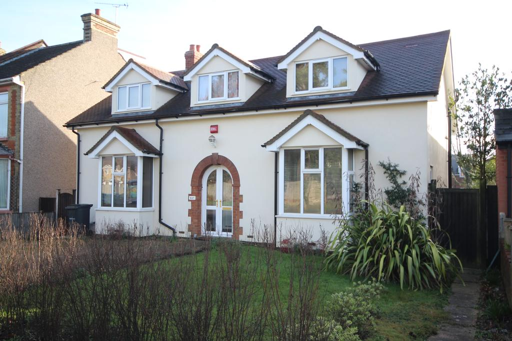 5 Bedrooms Detached House for sale in Tonbridge Road, Barming ME16
