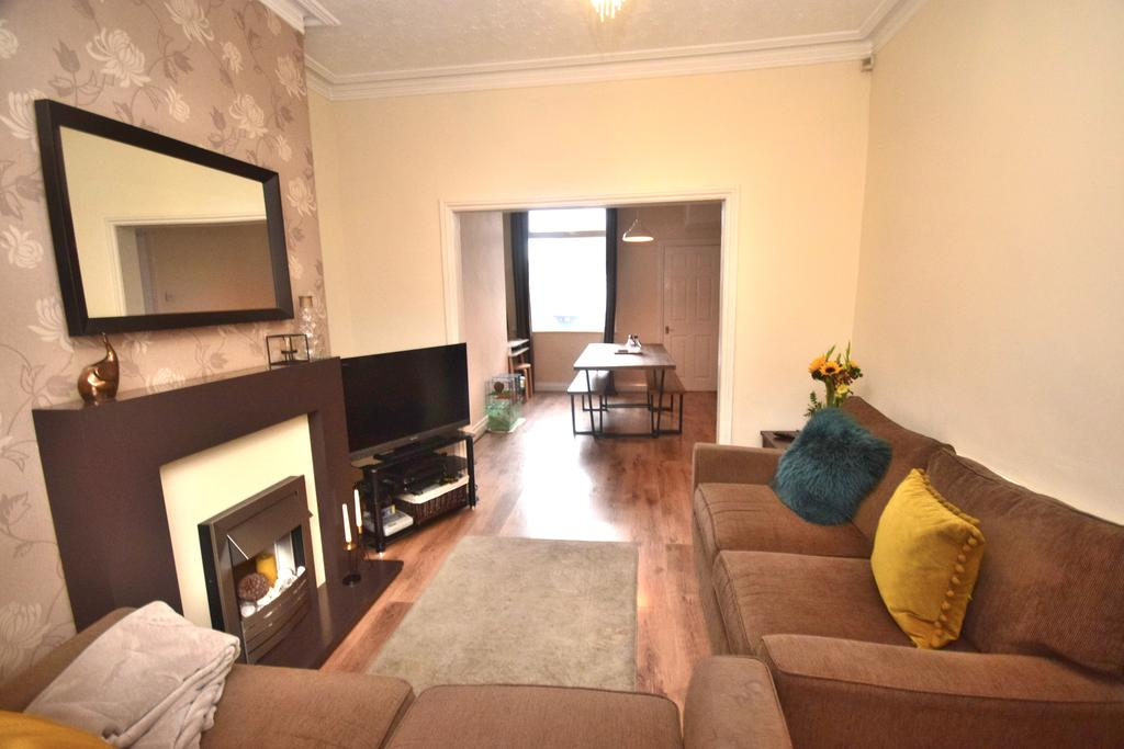 2 Bedrooms Terraced House for sale in Muriel Street,, Redcar TS10