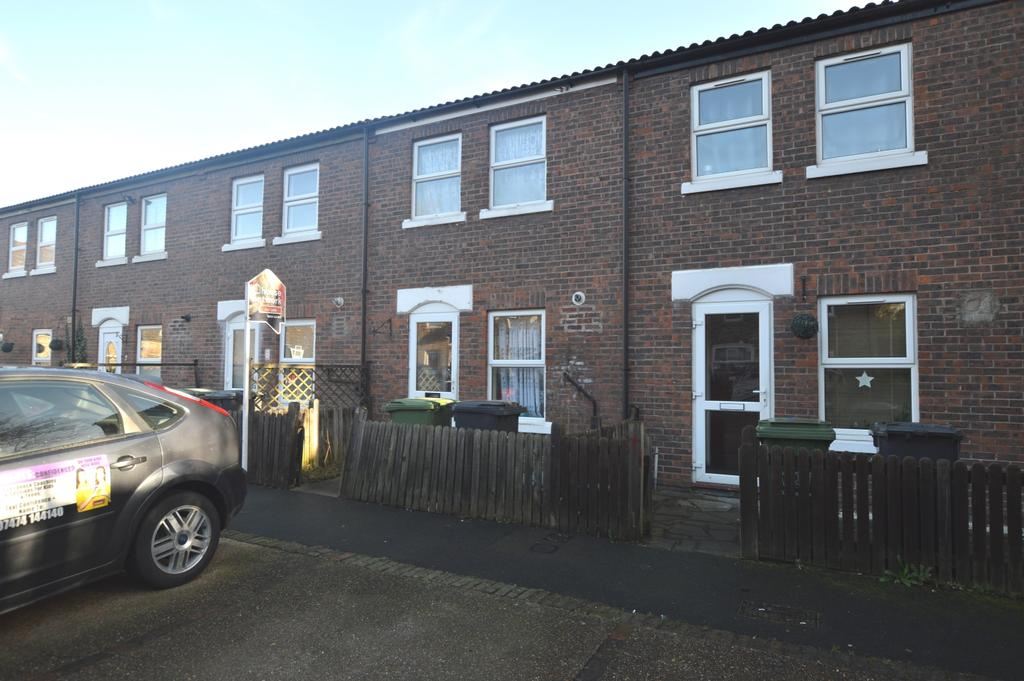 2 Bedrooms Terraced House for sale in Wicks Close London SE9