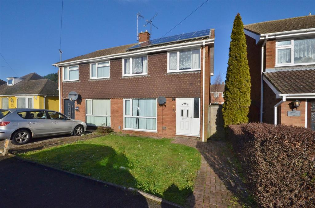 3 Bedrooms Semi Detached House for sale in Toddington Road, Near Leagrave Train Station