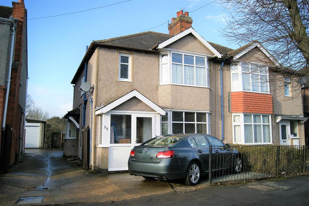 3 Bedrooms Semi Detached House for sale in Slade Road, Rugby