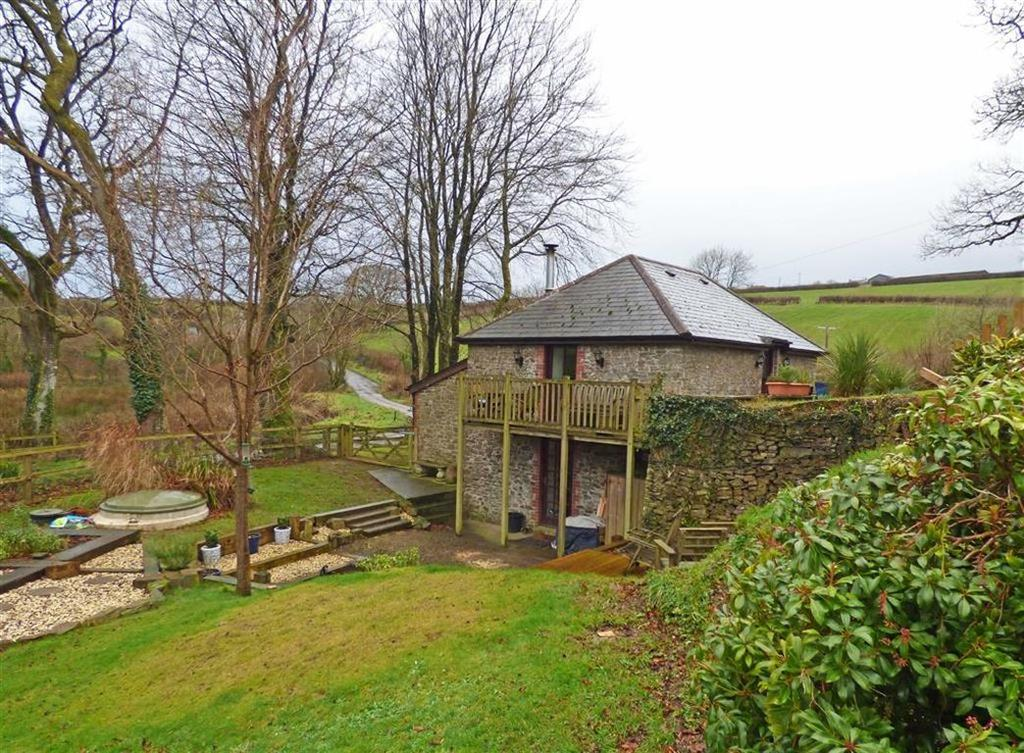 3 Bedrooms Detached House for sale in Shebbear, Beaworthy, Devon, EX21