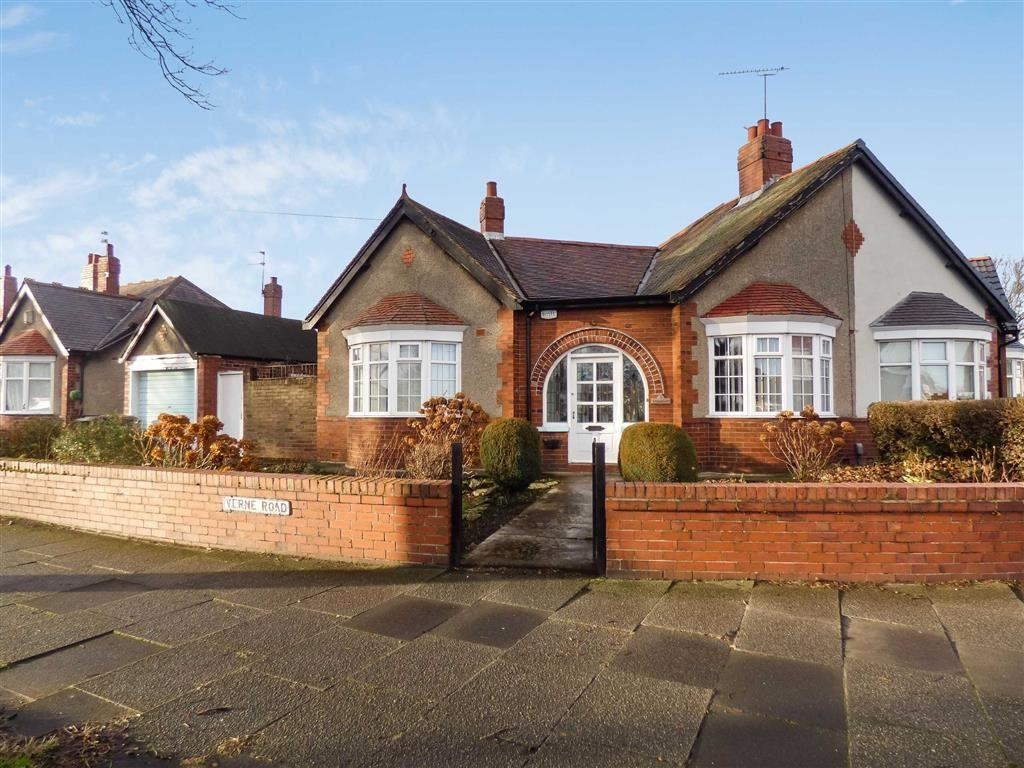 3 Bedrooms Bungalow for sale in Verne Road, North Shields