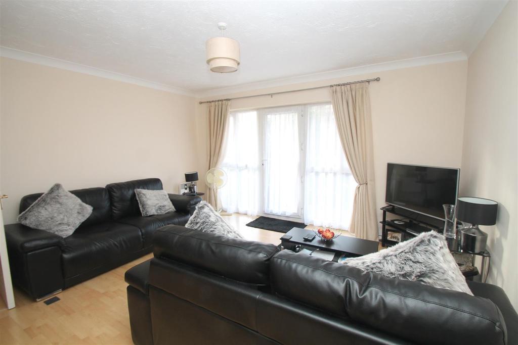 2 Bedrooms Apartment Flat for sale in Tonbridge Road, Maidstone