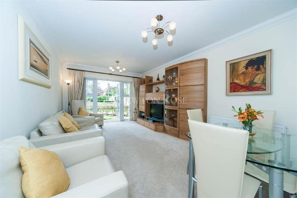 2 Bedrooms Flat for sale in Gerrards Cross