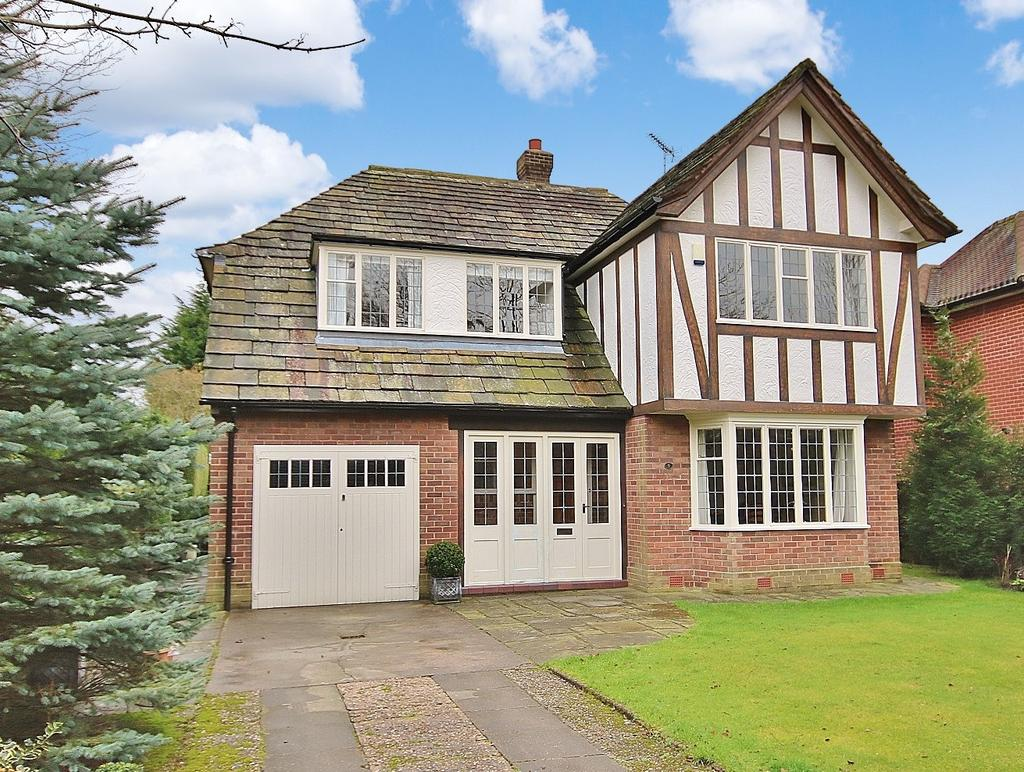4 Bedrooms Detached House for sale in Parkway, Wilmslow