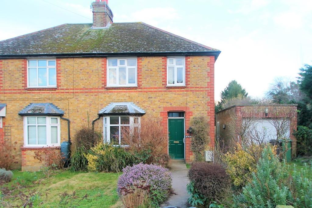 3 Bedrooms Semi Detached House for rent in Charlton Lane, West Farleigh, Maidstone, Kent, ME15 0PA