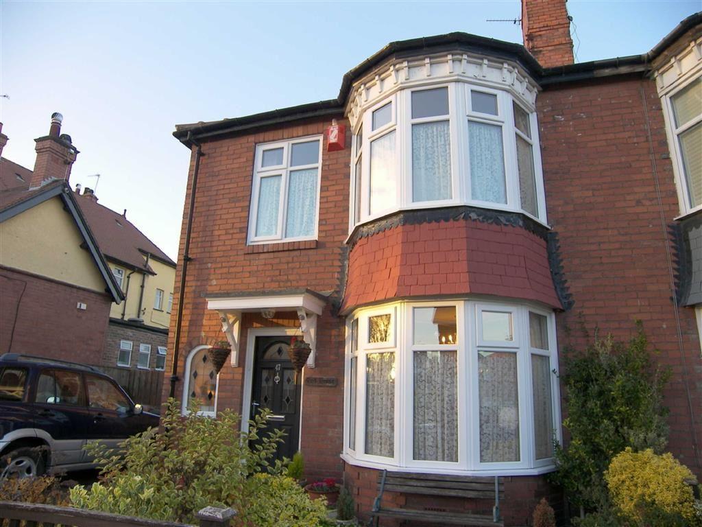 3 Bedrooms Semi Detached House for sale in Burnside Road, Whitley Bay, Tyne Wear, NE25