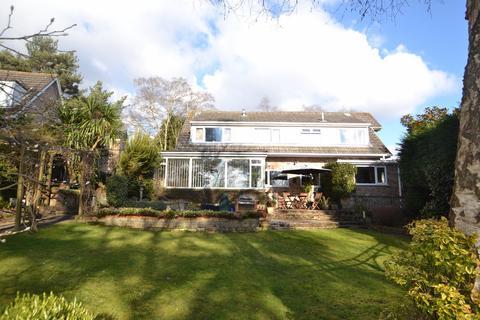5 bedroom house for sale - Broadstone