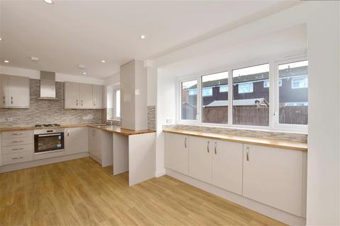 4 bedroom semi-detached house for sale - Cogate Road, Paddock Wood, Tonbridge, Kent