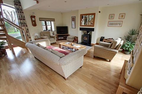 4 bedroom barn conversion for sale - Edwalton Close, Edwalton, Nottinghamshire