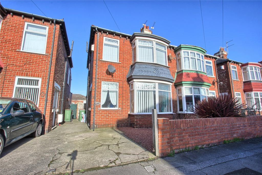 3 Bedrooms Semi Detached House for sale in Sandringham Road, Redcar