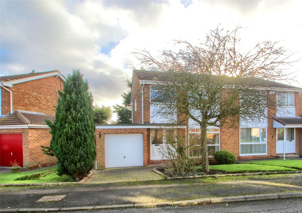 3 Bedrooms Semi Detached House for sale in Cathedral Drive, Fairfield