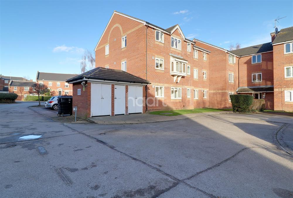 1 Bedroom Flat for sale in Leigh Hunt Drive, Southgate, N14