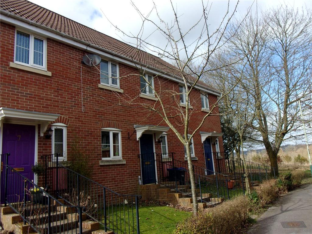 3 Bedrooms Terraced House for sale in Smiths Close, Pewsey, Wiltshire, SN9