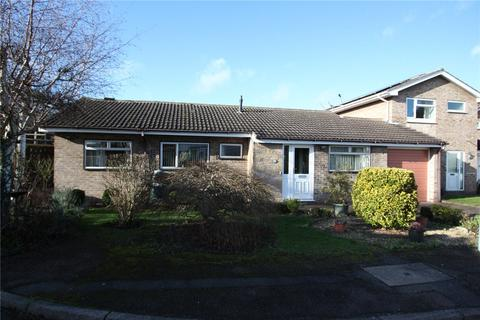 2 bedroom bungalow for sale - Newstead Drive, West Bridgford, Nottingham, NG2