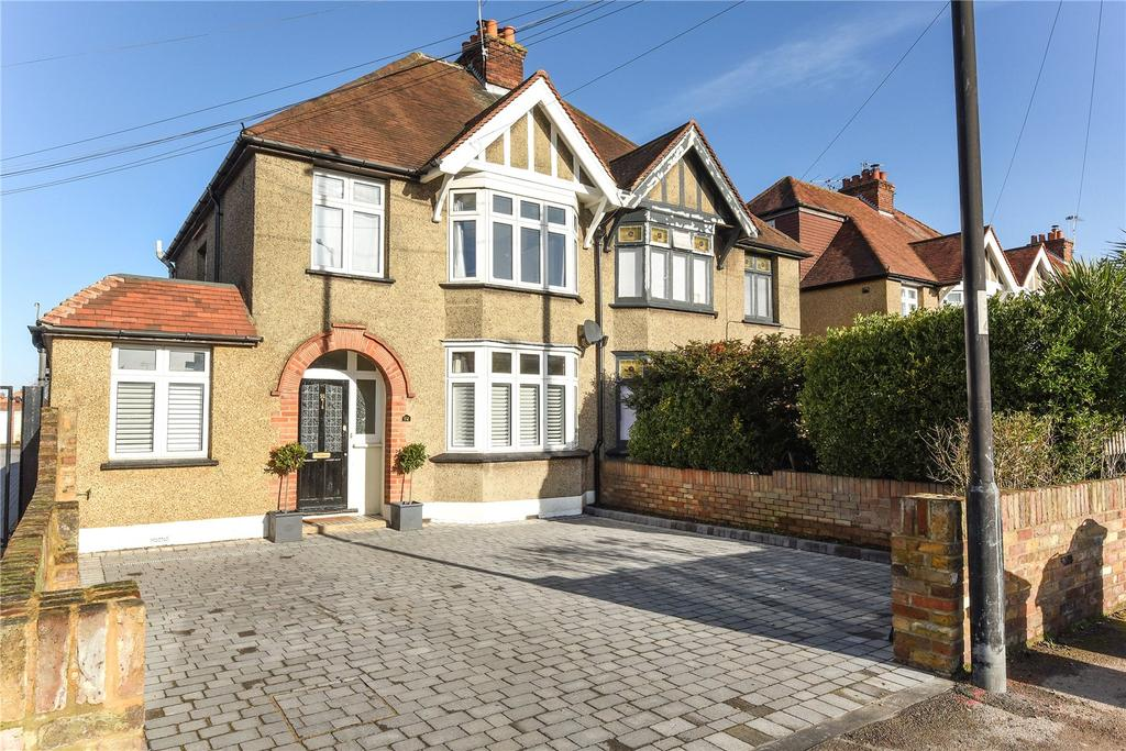 4 Bedrooms Semi Detached House for sale in Dedworth Road, Windsor, Berkshire, SL4