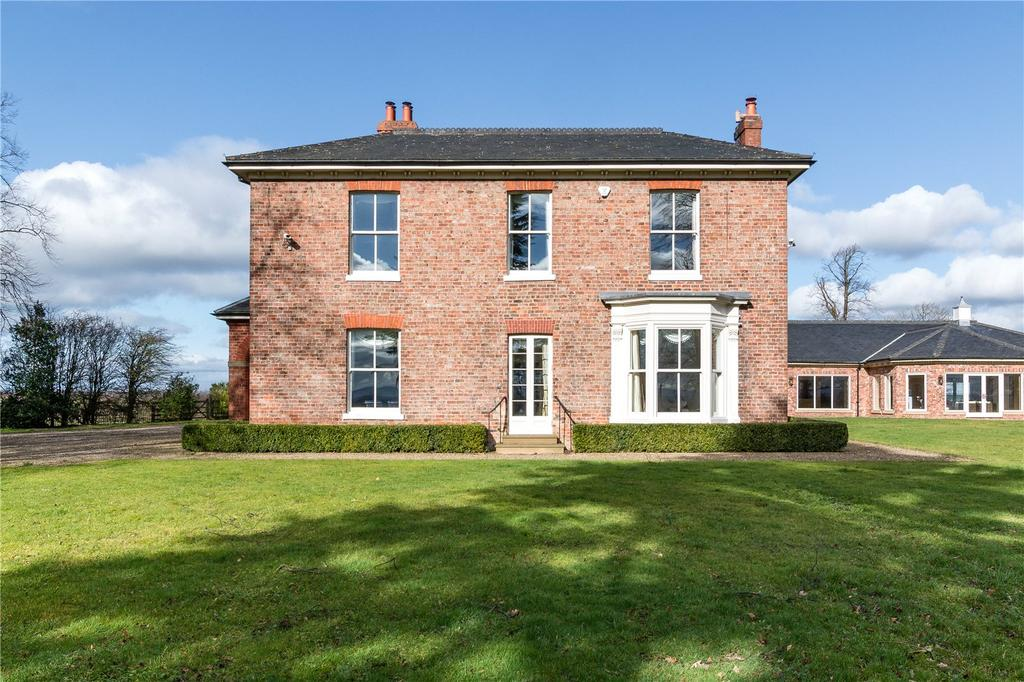 5 Bedrooms Detached House for sale in Darlington Back Lane, Stockton-on-Tees, Cleveland, TS21