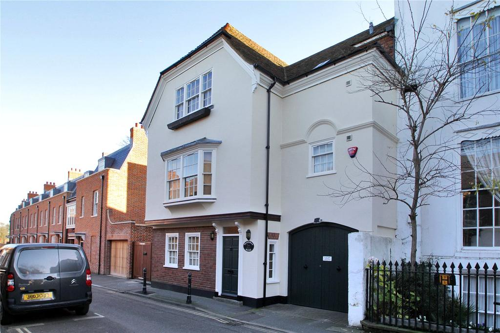 4 Bedrooms Terraced House for sale in St Peter's Lane, Canterbury, Kent, CT1